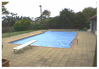 LARGE 5 X 9 METER DIVING POOL